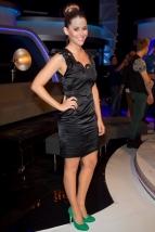 Artist Marion Ravn wearing IBO shoes at Idol
